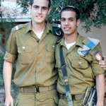 pr bmr 2 soldiers 1448_ne_photo_stories3_7d891